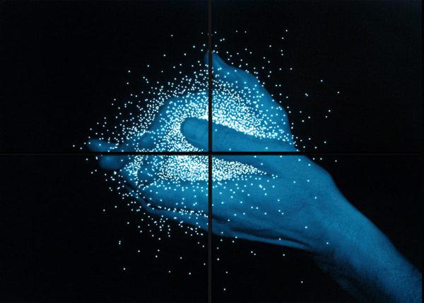 lightbox_one_blue_hand_01